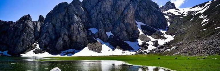 Озеро-Agoulmime-Tikjda.